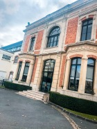tour of champagne house